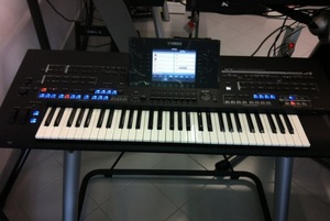 Yamaha Tyros 4 10th Anniversary Special Edition